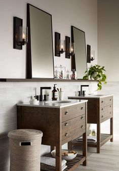 ideas bathroom vanity lighting diy sconces for 2019 Wood Wall Decor, Bathroom Wall Decor, Bathroom Vanity Lighting, Bathroom Interior, Master Bathroom, Bathroom Ideas, Black Wall Decor, Bathroom Mirrors, Design Bathroom