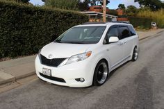 STATIC Toyota Sienna Wagonists up in NORCAL!!