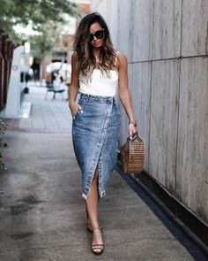 21 Trendy Outfits With Denim Skirts Jean Skirt Outfits, Outfit Jeans, Denim Skirts, Long Denim Skirt Outfit, Jean Skirts, Long Skirts, Denim Skirt Midi, Denim Fashion, Fashion Models