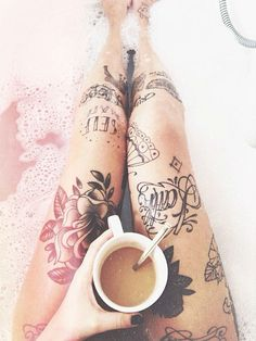 I want these legs <3 tattoo / legs / girl /