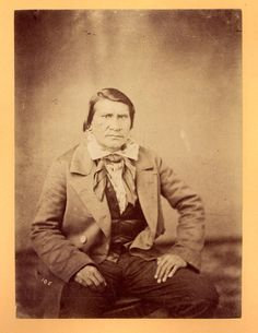 CHEROKEE MAN, CIRCA 1868 Cherokee History, Native American Cherokee, Native American Tribes, Cherokee Tribe, Cherokee Indians, Choctaw Indian, Trail Of Tears, Indian Heritage, First Nations