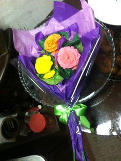 Flower bouquet cupcakes8