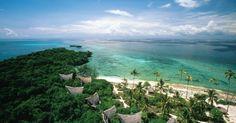 Chumbe Island Coral Park - Tanzânia: Chumbe Island é uma pequena ilha de corais no arquipélago de Zanzibar, na costa africana. Para garantir a preservação da ilha e do seu entorno, foi criado uma pequena e sofisticada pousada que converte seus lucros para a manutenção de um parque natural.