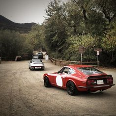 Datsun 240z in the presence of its competition