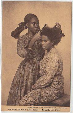 GUADELOUPE  BASSE TERRE - la coiffure de Fifine