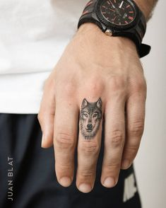 wolf finger tattoo design by juan_blat_tatuajes