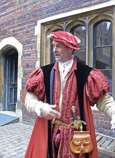 """This looks like it is right out of """"Tudor Tailor"""""""