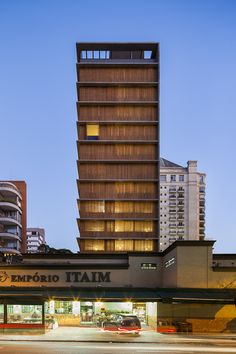Gallery of Vitacon Itaim Building / Studio MK27 - Marcio Kogan + Carolina Castroviejo - 1