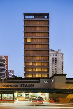 Galeria de Vitacon Edifício Itaim / Studio MK27 - Marcio Kogan + Carolina Castroviejo - 1