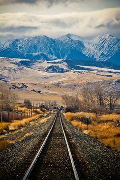 Montana; I'd love to live here! ... and maybe  become John Mayer's neighbour too . #TravelDestinationsUsaMontana