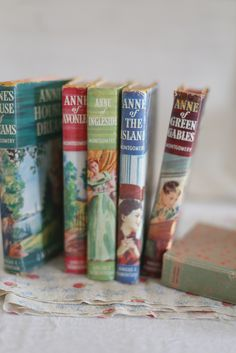 """Anne of Green Gables"" series, nine by L. Montgomery, if you include her abridged/sketched story series of ""The Road To Yesterday,"" and republished in 2009 in full as 'The Blythes Are Quoted', a far darker volume; the last Montgomery penned. I Love Books, Good Books, My Books, Anne Shirley, Cult, Vintage Children's Books, Book Lovers, Book Worms, Childrens Books"