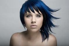 Modern Bob Hairstyles For Women, looking for neat looks is far more important than just a pretty face or the latest 2019 haircut! Modern Bob Hairstyles, Hairstyles For School, Hairstyles Haircuts, Black Hairstyles, Edgy Long Hair, Edgy Hair, Corte Shag, Corte Y Color, Blue Hair