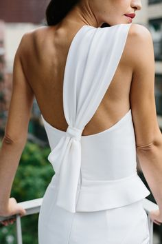 NOLITA, the latest collection by Georgia Young Couture, was influenced by the iconic facades and striking monuments that define New York City. Wedding Dress Styles, Bridal Dresses, Dress Wedding, White Fashion, Love Fashion, White Pantsuit, Fashion Details, Fashion Design, Contemporary Fashion
