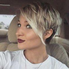 cabello corto de lado