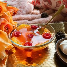 Orange jelly with sliced orange and raspberry's. Do you like jelly, my friends? 🍊🍮🍊🍮🍊🍮🍊🍮🍊🍮🍊🍮🍊🍮 #jelly #foodporn #foodpics…
