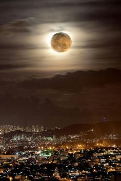 """Supermoon"", Photography by Marco Guinter in Rio de Janeiro, Brazil. Beautiful Moon, Beautiful World, Beautiful Places, Moonlight Photography, Image Nature, Shoot The Moon, Moon Pictures, Good Night Moon, Photos Voyages"