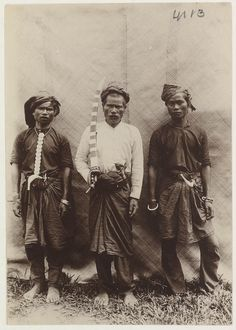warriors armed with traditional weapons: rencong, peudeang and keris.