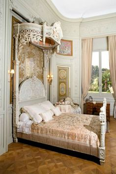 french Chateau Chic Bedroom Ideas 7