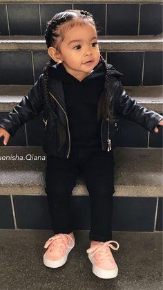 Bild in der Sammlung B A B Y de Zoé sur We Heart It – Drew Heaven T – … – babykleidung ideen So Cute Baby, Cute Mixed Babies, Cute Black Babies, Cute Baby Clothes, Cute Kids Fashion, Baby Girl Fashion, Toddler Fashion, Child Fashion, Cute Little Girls Outfits