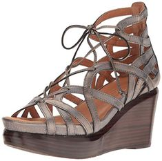 6b9d36ed2f93 16 Best On-Trend Platform Wedges images | Platform wedge, Summer ...
