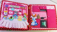 Развивающая книжка Три кота Felt Doll House, Busy Book, Felt Dolls, Book Making, Book Pages, Quiet Books, Miniatures, Toys, Pattern