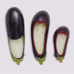 aubergine shoes - Fulvio Bonavia - A Matter of Taste Food Sculpture, Food Carving, Snacks Für Party, Fruit Art, Food Humor, Fruit And Veg, Cute Food, Funny Food, Picture Design