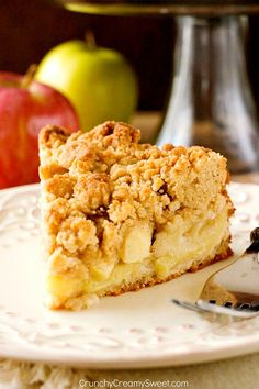 The Best Apple Crumb the apple crumb cake of your dreams! With tons of apples and the best crumb topping ever! Delicious Cake for holiday Apple Crumb Cakes, Apple Coffee Cakes, Apple Crumb Pie, Apple Streusel Cake, Apple Crumble Muffins, Apple Crumble Recipe, Apple Cake Recipes, Baking Recipes, Dessert Recipes
