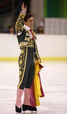 Javier Fernandez Figure Skating Olympics, Love On Ice, Javier Fernandez, Ice Skaters, Winter Olympics, Eye Candy, Kimono Top, Nerd, Handsome