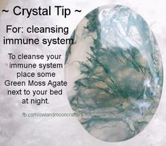 Crystal healing with moss agate Crystals Minerals, Rocks And Minerals, Crystals And Gemstones, Stones And Crystals, Gem Stones, Gemstones Meanings, Blue Crystals, Crystal Magic, Crystal Healing Stones