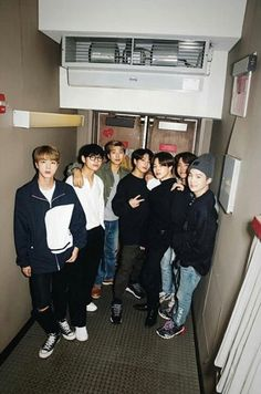"❤️❀⊱┄┄┄┄️💜""Coz we love to pose""✌BTS👑┄┄┄⊰❀ ❤️ . world happinsess BTS BangtanSonyeondan Kookie V Jimin Jin RM Jhope Suga Kings Seven starts One soul✨💜💖🇮🇳🇰🇷"