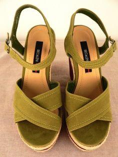NEW BEC & LENI WOMENS GREEN/PURPLE PLATFORM/WEDGE SLIP-ON LADIES SHOE