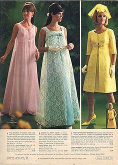 Guli kjóllinn en að taka fellingu alveg upp? 1967 This was my prom dress but it was white lace trimed in pink.
