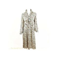 Halston Vintage Classic Skirt Set | Etsy Halston Perfume, Halston Vintage, White Evening Gowns, Halston Heritage Dress, Gatsby Dress, Skirt Set, Dress Set, Classic Skirts, Button Front Dress