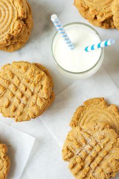 Week 1: Classic Peanut Butter Cookies Recipe from King Arthur Flour Cookie Companion || kingarthurflour.com
