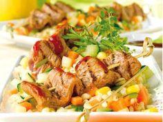 Recette Brochettes de porc aux petits légumes, notre recette Brochettes de porc aux petits légumes - aufeminin.com