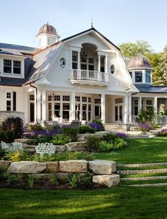 A shingle-style home designed by Wade Weissmann Architecture along with Robert Alt Design is sited on Lake Geneva, in southeastern Wisconsin. Future House, My House, Style At Home, Shingle Style Homes, Design Exterior, Exterior Paint, Gray Exterior, Exterior Colors, Balkon Design