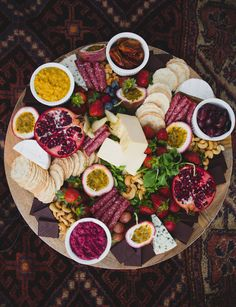 Tips for planning a boho bridesmaid picnic | Just For Love Photography | See more: http://theweddingplaybook.com/wedding-playbook-magazine-volume-10/