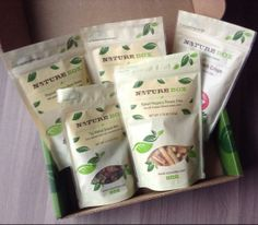 Gift idea for your mom - a subscription to Nature Box! She'll love it! #naturebox #giftsformom