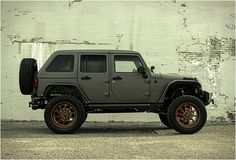 JEEP WRANGLER NIGHTHAWK   BY STARWOOD MOTORS pictures