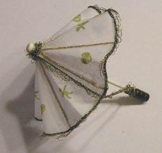 "How to make a ""working""  umbrella in dutch, but pictures show it all.  Workshopje paraplu met engeltjes en hartjes - parasol tutorial"