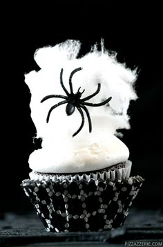 Spider Web Halloween Cupcakes Kids' Party Food Ideas