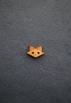 Cat Wooden Button (origami cats, geometric, kitty, kitten, timber, wood, bamboo, kids clothing, dressmaking, diy supplies, embellishment)