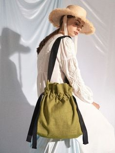 AWESOME NEEDS LINEN ECO BAG_GREEN TEA