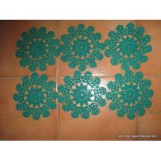 Napperon Dessous De Verre Vert Diamètre 14 prix 3.00 euros