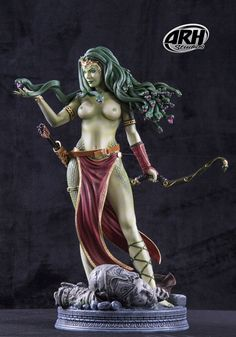 Scale Medusa Victorious With Legs Statue - ARH Studios Statues Female Character Design, Comic Character, Hulk Vs Superman, Hades, Manga Anime, Medusa Gorgon, Chica Fantasy, Sci Fi Models, Pose