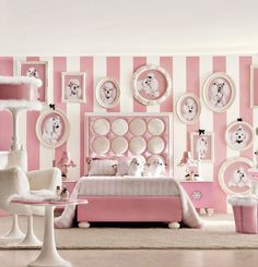 Toddler girls room paint ideas little girl bedroom accessories cute themes teenage childrens small bedrooms decor Girls Room Paint, Pink Bedroom For Girls, Pink Bedrooms, Teenage Girl Bedrooms, Pink Room, Little Girl Rooms, Teen Bedroom, Teen Rooms, Bedroom Modern