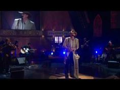 Trace Adkins...'Wayfaring Stranger'.  Beautiful .... LOVE this song and his performance.  Thank you Trace.