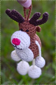 bandorka: Crocheted Reindeer Ornie  - chrome translates