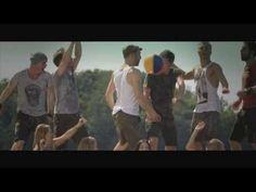 "voXXclub ""Rock mi"" (Remix!) German guys singing about pretty girls at Oktoberfest!"
