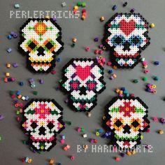 hama beads dia de muertos - Buscar con Google